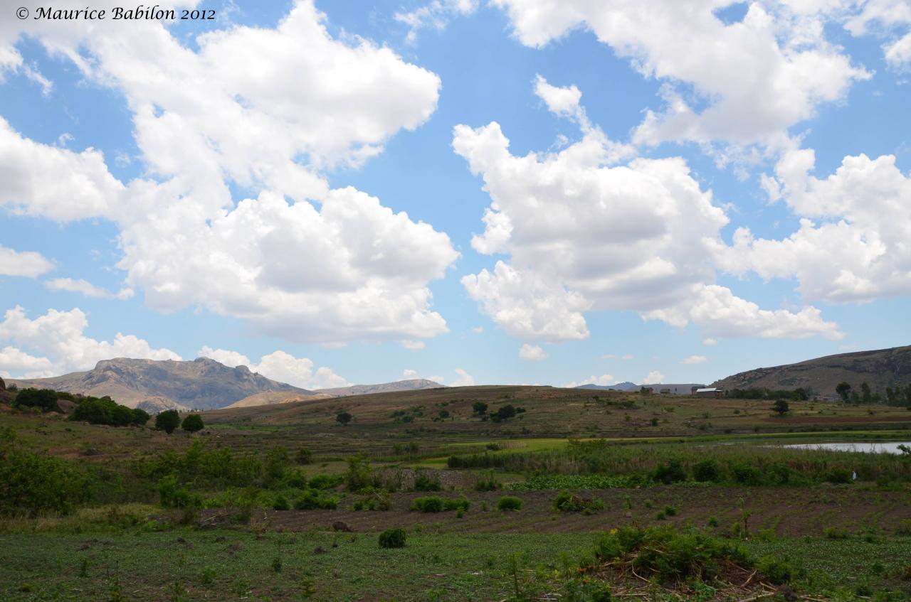 Fin de la traverssee de l'immense plateau de Horombe